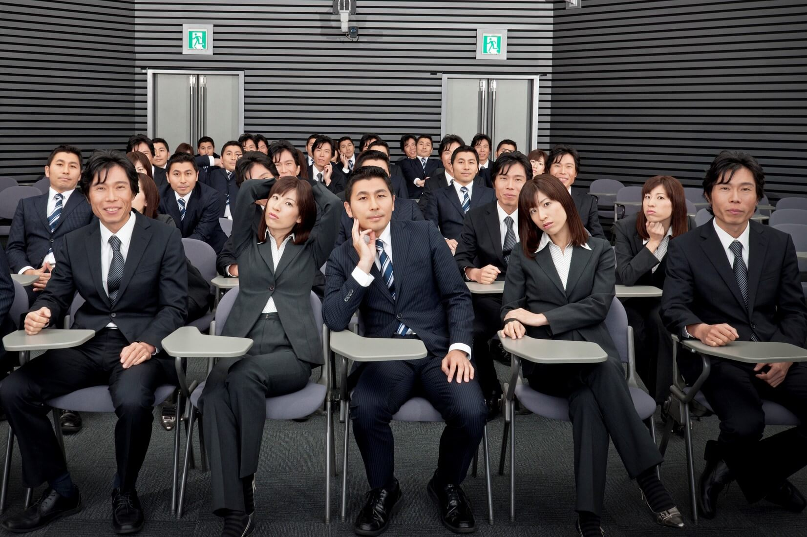 HOW TO KEEP JAPANESE FROM FALLING ASLEEP IN YOUR PRESENTATION